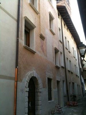 Casa Vicolo della Fontana 7