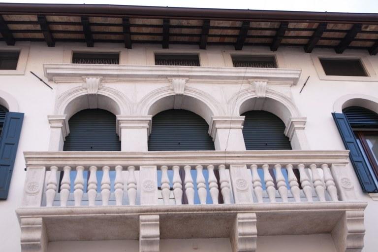Palazzo Dolfin - particolare 03