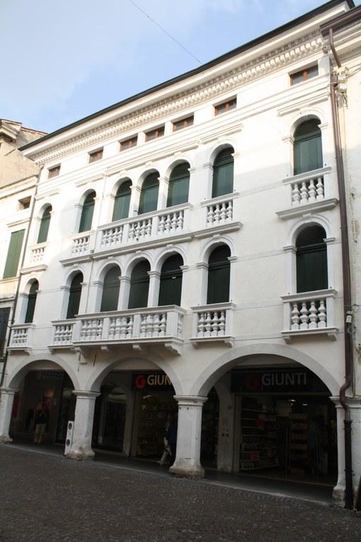 Palazzo Tinti