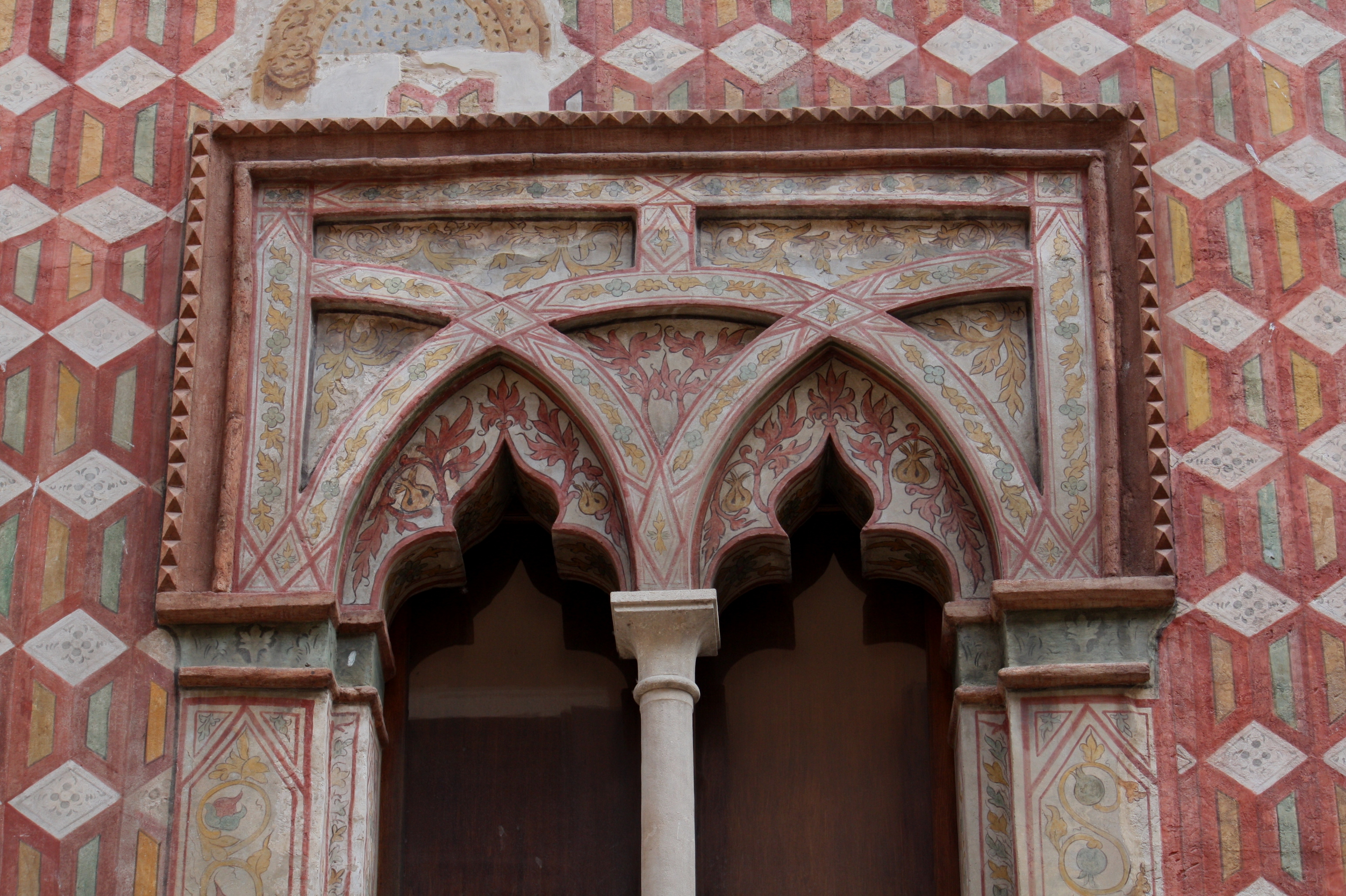 Palazzo De Rubeis - part 02.JPG