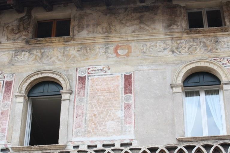 Palazzo Mantica-Cattaneo - part 02.JPG
