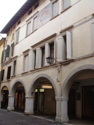 Palazzo Popaite-Torriani Policreti