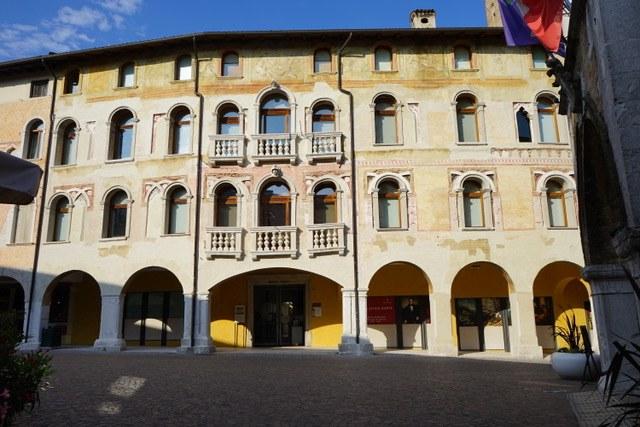 Palazzo_Ricchieri.jpeg