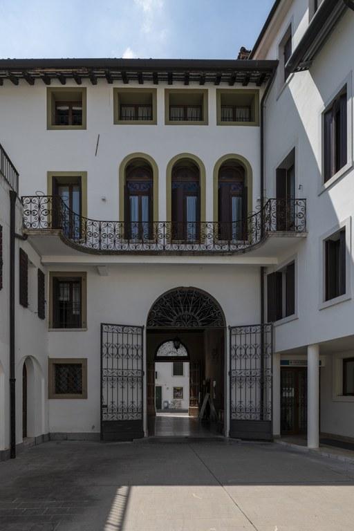 Palazzo Sbrojavacca