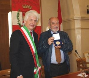 11 marzo 2014, conferito il sigillo della città a Tahar Ben Jelloun