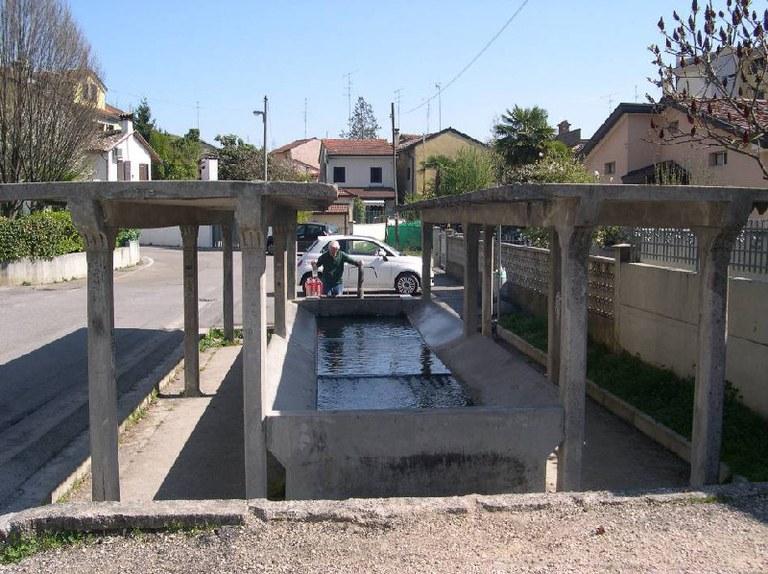 5-122-lavatoio-via-baracca.jpg