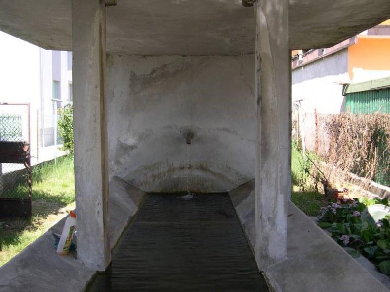 5-124-lavatoio-via-monte-grappa.jpg