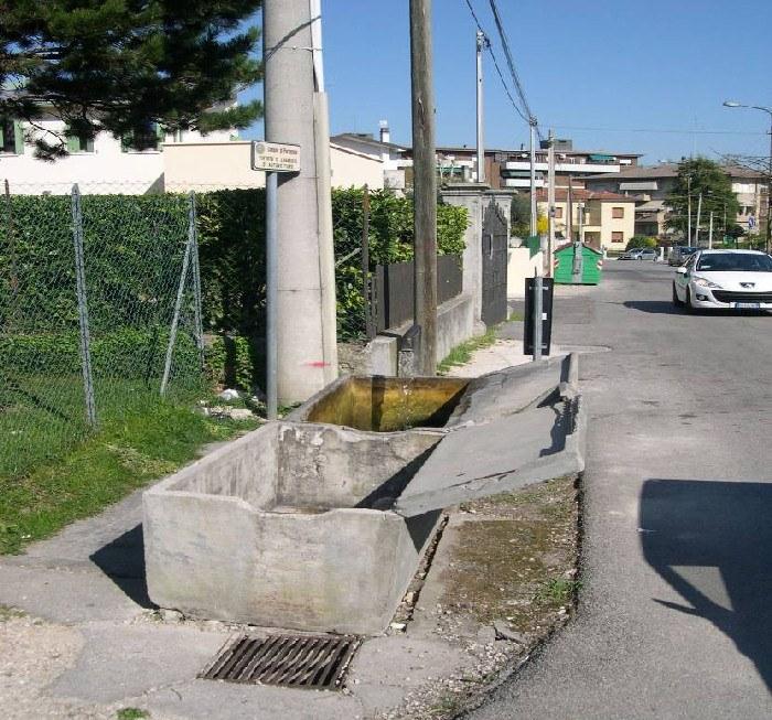 5-21-lavatoio-via-vecchia-di-corva.jpg