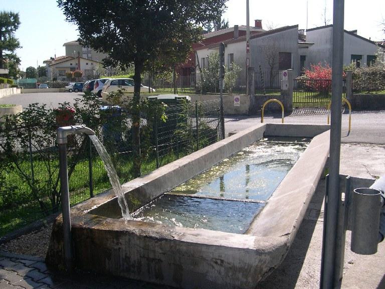 5-62-lavatoio-via-meduna.jpg