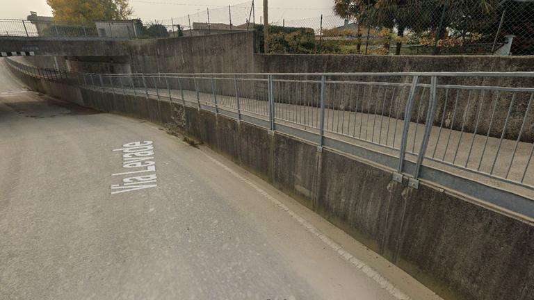 Chiusura sottopasso pedonale di via Levade