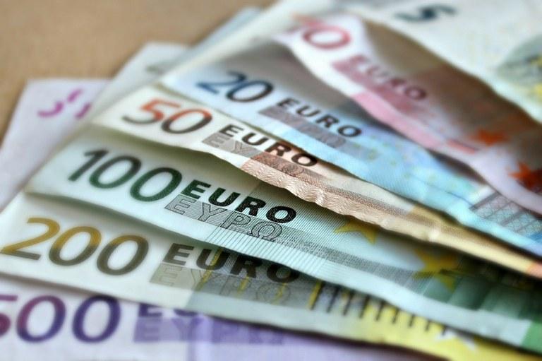 Crisi covid, 500 mila euro di aiuti comunali a chi è in difficoltà economica