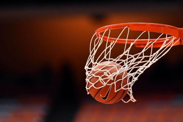 Nasce «Futuro Insieme» per rilanciare il basket cittadino