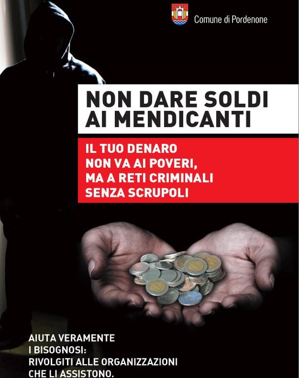 «Non date soldi ai mendicanti, finiscono al racket». Al via la campagna del Comune