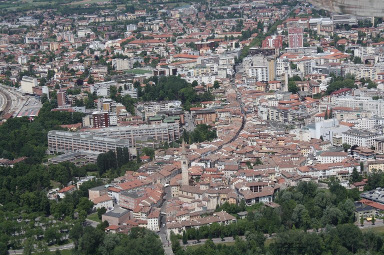 Foto Pordenone   veduta aerea
