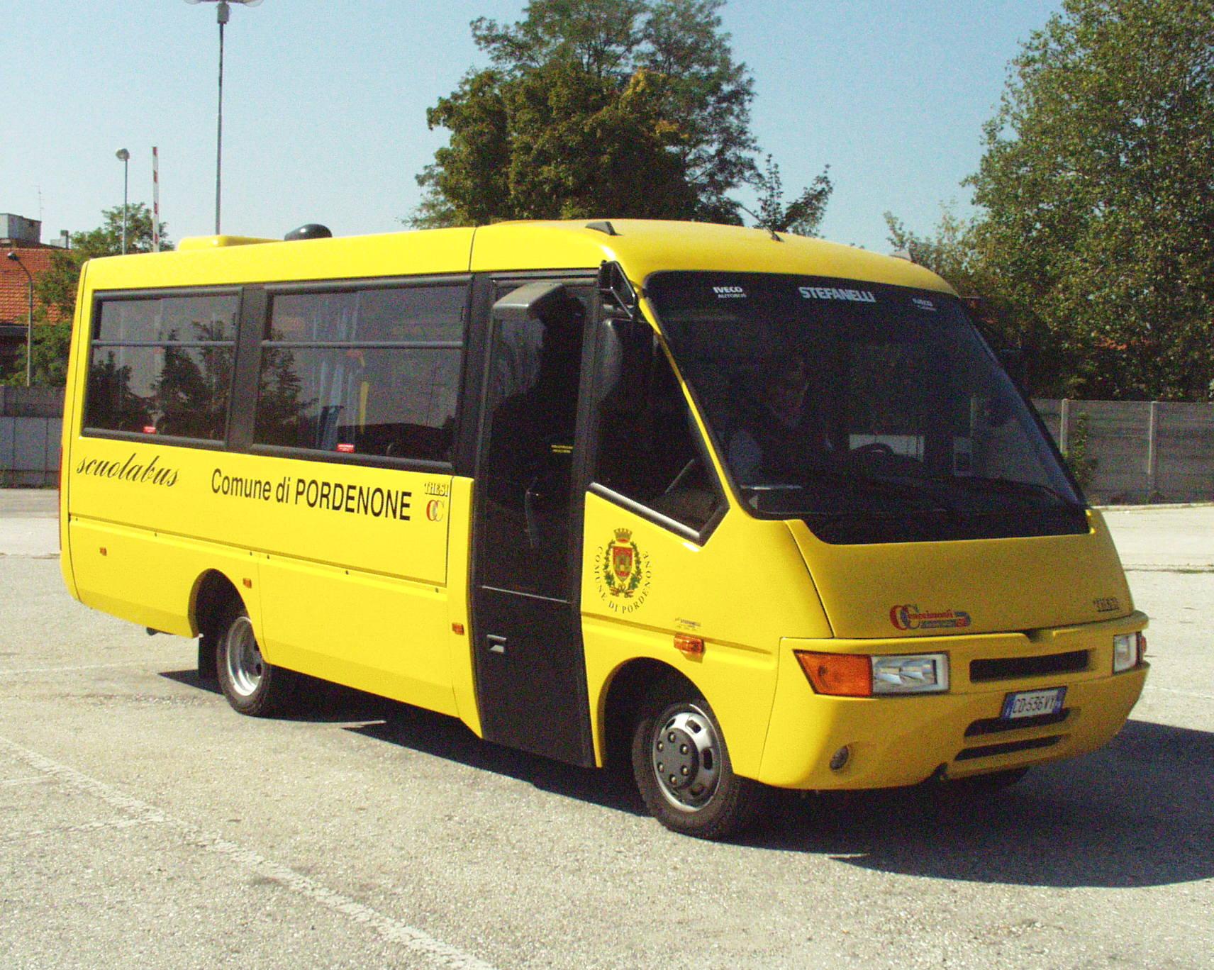 Foto  Scuolabus