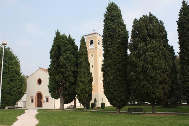 Foto  Chiesa di San Ulderico a Villanova