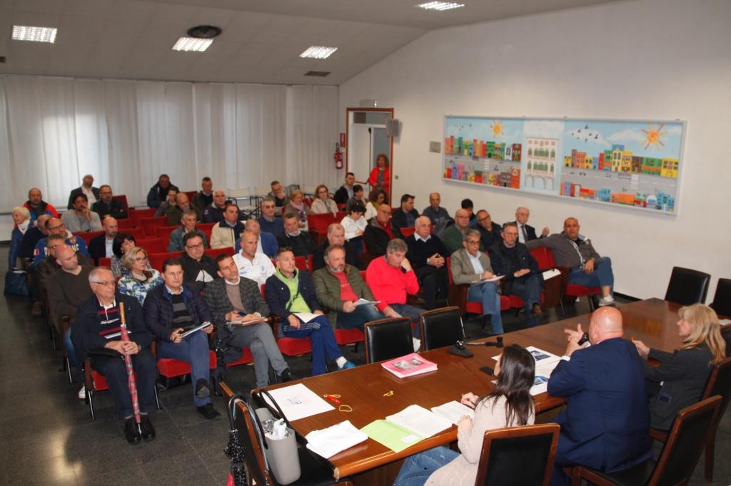 Foto  I rappresentanti della associazioni e società sportive