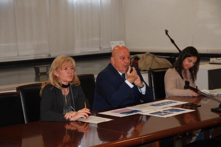 Foto L'assessore allo sport Walter De Bortoli illustra  l'iniziativa