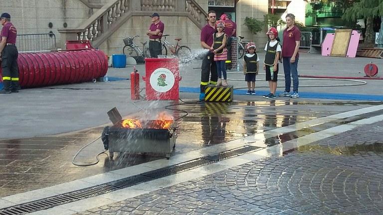 Foto  Pompieropoli  alla  Festa Italia Americana