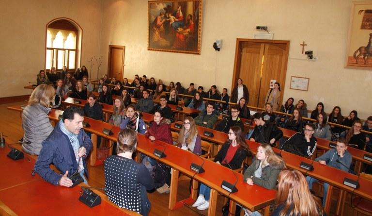 Foto L'assessore Pietro Tropeano li riceve in aula consiliare