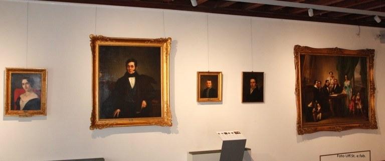 Foto Una sala dedicata al pittore