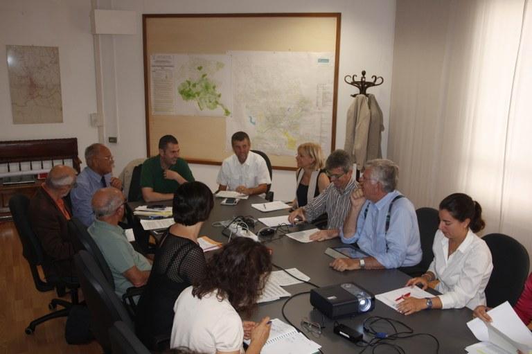 Foto  In Municipio  I componenti in seduta per esame odg