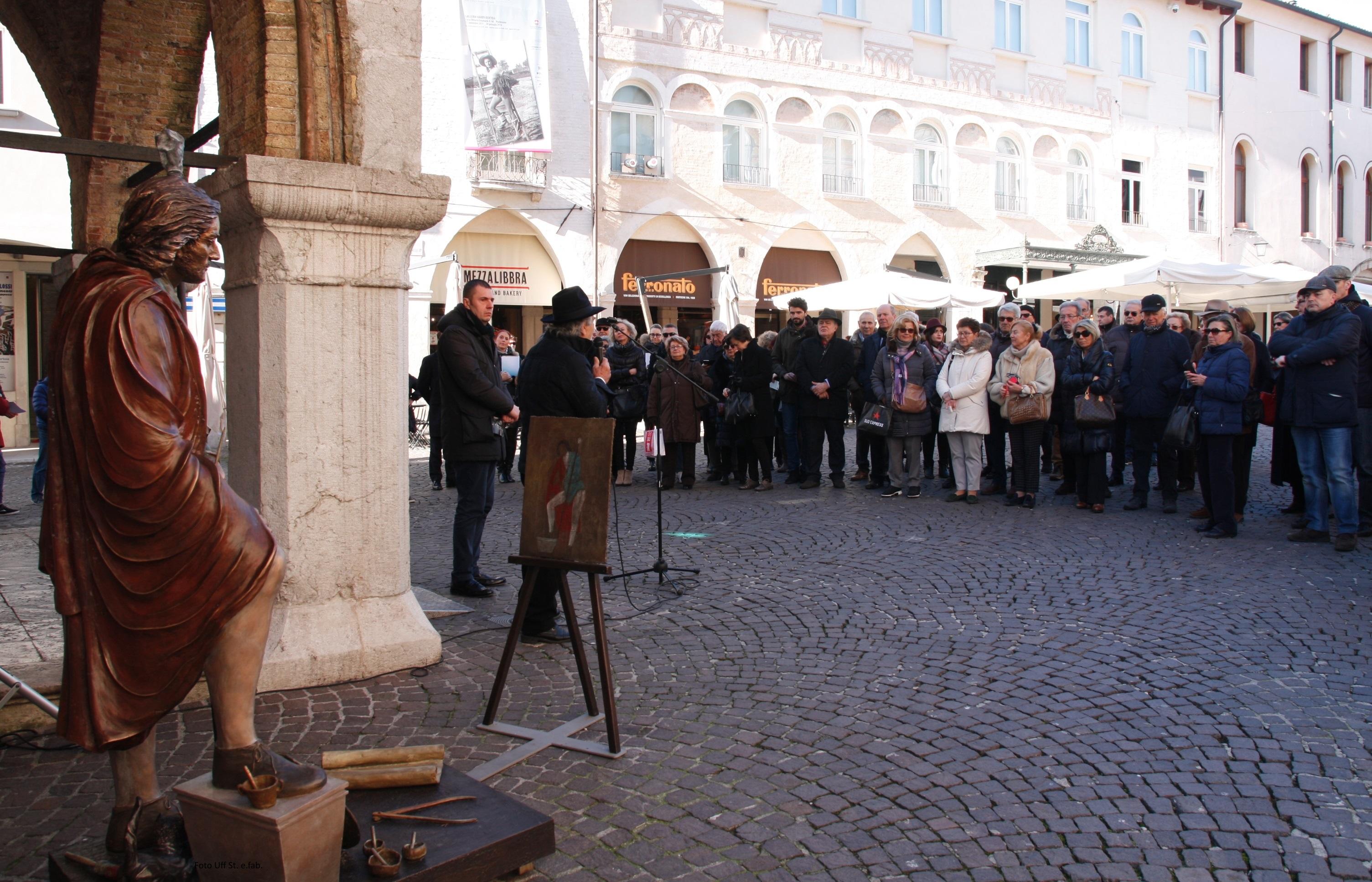 Foto   Pubblico all'inaugurazione