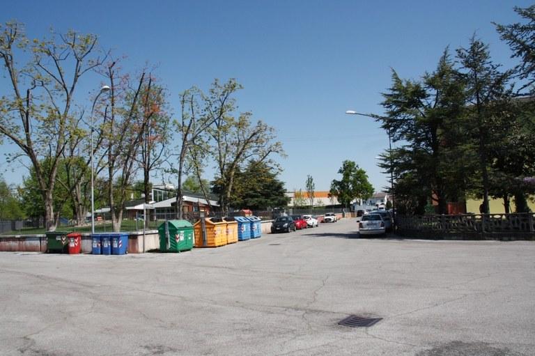 Foto  Area  della scuola di via Fiamme Gialle zona 20 km/h