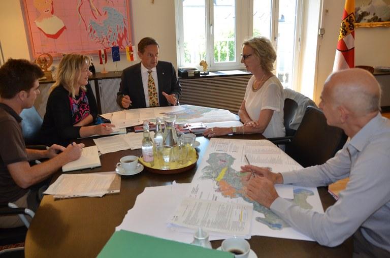 Foto L'incontro tra amministratori