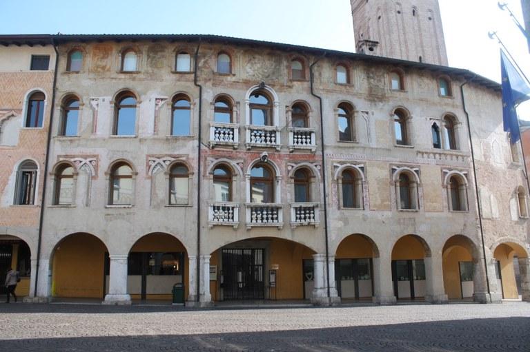 Foto  Palazzo Richieri sede del Museo d'arte