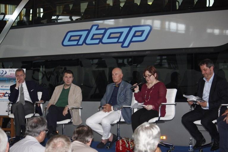 Foto   I partecipanti alla cerimonia