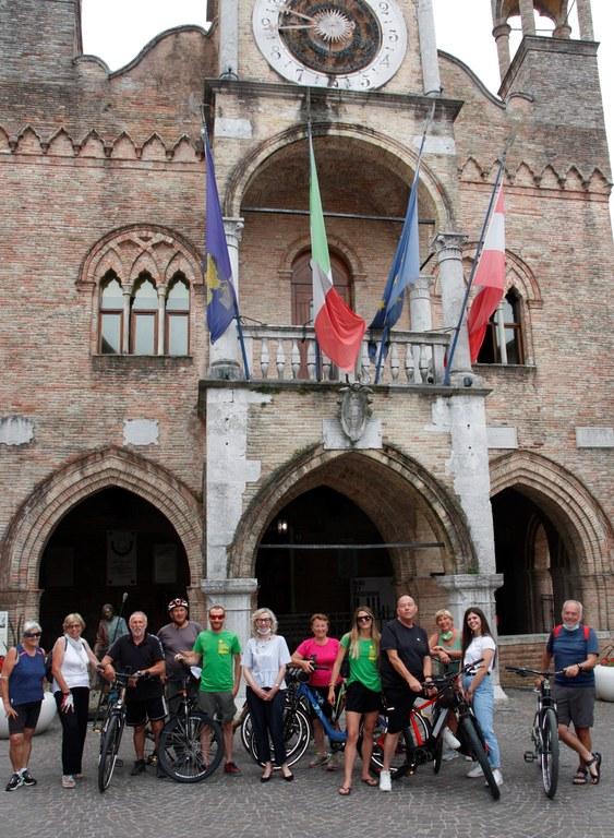 Ciclisti Lignano Pn 007.jpg