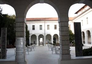 Biblioteca 021.JPG