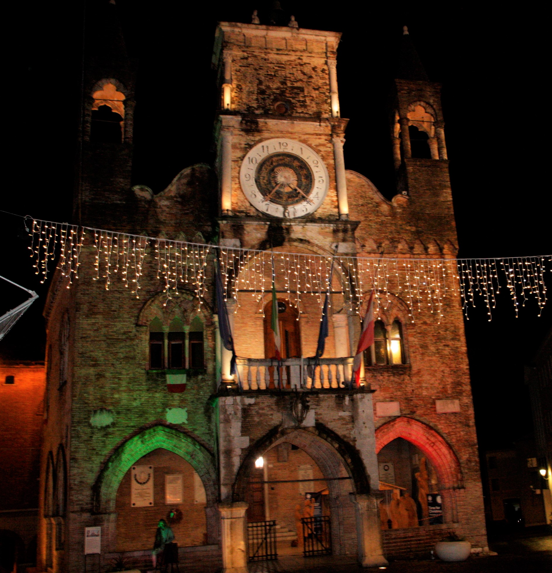 Municipio tricolore 010.JPG