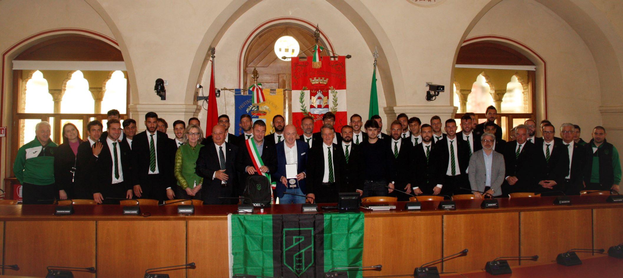 Pordenone Calcio per B Sala cons 043.jpg