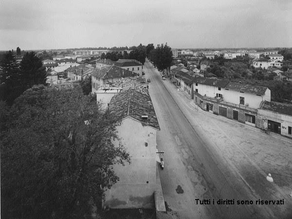 Via Udine vista dall'alto - anni '60