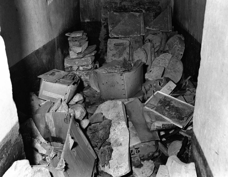 Atrio - Sepolcreto e materiali da fornace