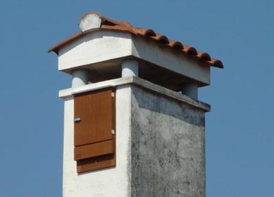 Guarda le foto di alcune Bat Box installate dal Comune di Pordenone