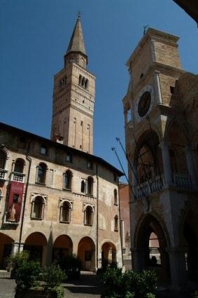 Loggia, Campanile, Palazzo Ricchieri